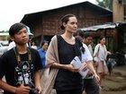 Анджелина Джоли прилетела в Мьянму с сыном - ФОТО: Фоторепортажи