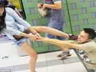 Пассажиры пекинского метро были шокированы увиденным - ФОТО: Фоторепортажи