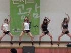Девушки свели школьников с ума своим танцем - ФОТО - ВИДЕО: Фоторепортажи