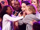 Анджелина Джоли с дочерьми вызвали фурор на Kids' Choice Awards - ФОТО: Фоторепортажи