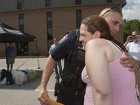 Вместо ареста воровки, этот полицейский сделал то, чего никто не ожидал - ФОТО: Фоторепортажи
