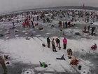Вы такое видели? Крупнейший ледовый турнир по рыбной ловле - ВИДЕО: Видеоновости