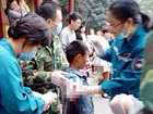 В китайском зоопарке медведь оторвал руку мальчику - ФОТО - ВИДЕО: Фоторепортажи