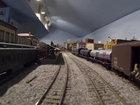 Поездка по игрушечной железной дороге мечты - ВИДЕО: Видеоновости