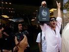 Яблокоманы: как покупали iPhone разных поколений - ФОТО: Фоторепортажи