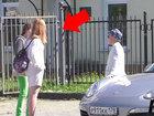 12-летний мальчик на Porshe решил познакомиться со взрослыми девушками - ВИДЕО: Видеоновости