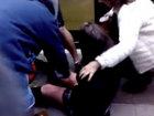 Толпа людей спасла застрявшую под трамваем школьницу - ФОТО - ВИДЕО: Фоторепортажи