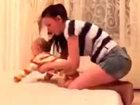 Мама против забавных близнецов - ВИДЕО: Видеоновости