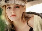10 самых красивых девушек с телеэкранов 1990-х - ФОТО: Фоторепортажи