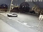 Мотоциклист пролетел 30 метров - ВИДЕО: Видеоновости