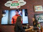 """В Нью-Йорке появилось знаменитое кафе из сериала """"Друзья"""" - ФОТО: Фоторепортажи"""