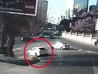 Невиданная наглость водителя Porsche на глазах у полиции в Баку - ФОТО - ВИДЕО  : Видеоновости