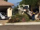 Самолет задел крышу и упал во двор, есть погибший - ФОТО: Фоторепортажи