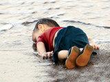 Душераздирающее фото, потрясшее миллионы людей во всем мире - ФОТО: В мире