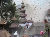 Турист заснял ужасный момент землетрясения в Непале - ОБНОВЛЕНО - ВИДЕО - ФОТО: В мире