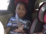 Малыш удивил своей реакцией, узнав о беременности матери - ФОТО - ВИДЕО: Это интересно
