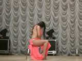 Это надо видеть: горячий танец девушки со стулом - ВИДЕО: Это интересно