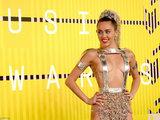 Майли Сайрус пришла на церемонию MTV абсолютно голой - ФОТО: Это интересно