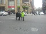 Азербайджанский полицейский стал звездой Facebook - ФОТО : Общество