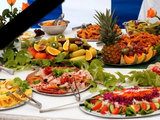 """Бизнес на слезах: что такое поминки """"все включено"""" в Баку: Общество"""