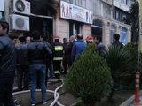 В Баку загорелся известный магазин - ФОТО: Общество