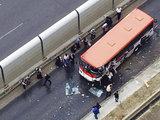 В Баку автобус врезался в грузовик: есть пострадавшие - ОБНОВЛЕНО - ФОТО: Общество