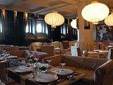 Около бакинского кафе известный певец ударил ножом посетителя - ОБНОВЛЕНО - ФОТО: Общество