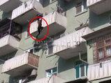 Стали известны новые подробности о женщине, сорвавшейся с балкона в Баку: Общество