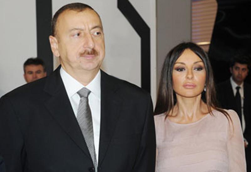 Президент Ильхам Алиев и Первая леди Мехрибан Алиева участвуют во встрече с победителями IV Игр исламской солидарности, тренерами и представителями спортивной общественности