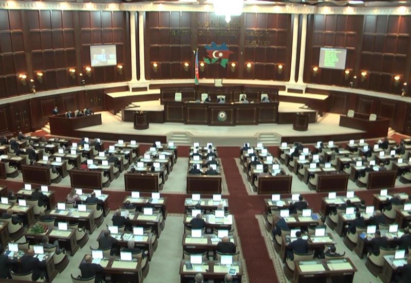 В парламенте принят законопроект о лицензировании