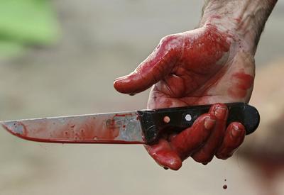 Xırdalanlı baldızını bıçaqladı
