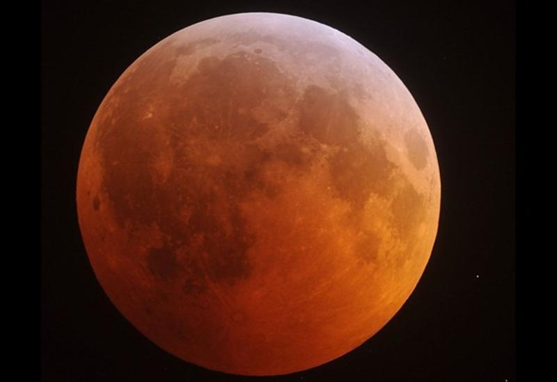 """В Сети появилось невероятно красивое видео восхода Луны <span class=""""color_red"""">- ВИДЕО</span>"""