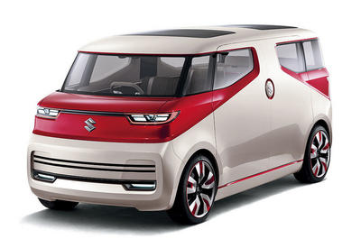 "Suzuki встроила в микровэн диван <span class=""color_red"">- ФОТО</span>"