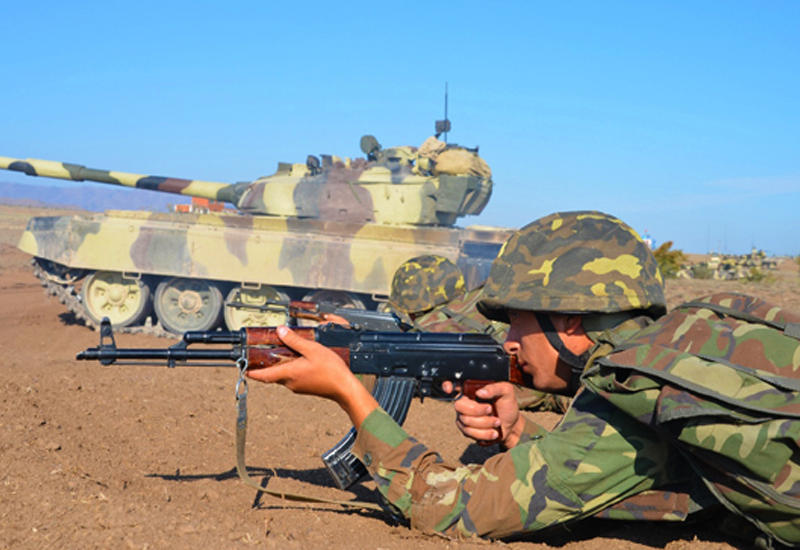 Армяне вновь обостряют ситуацию на линии фронта