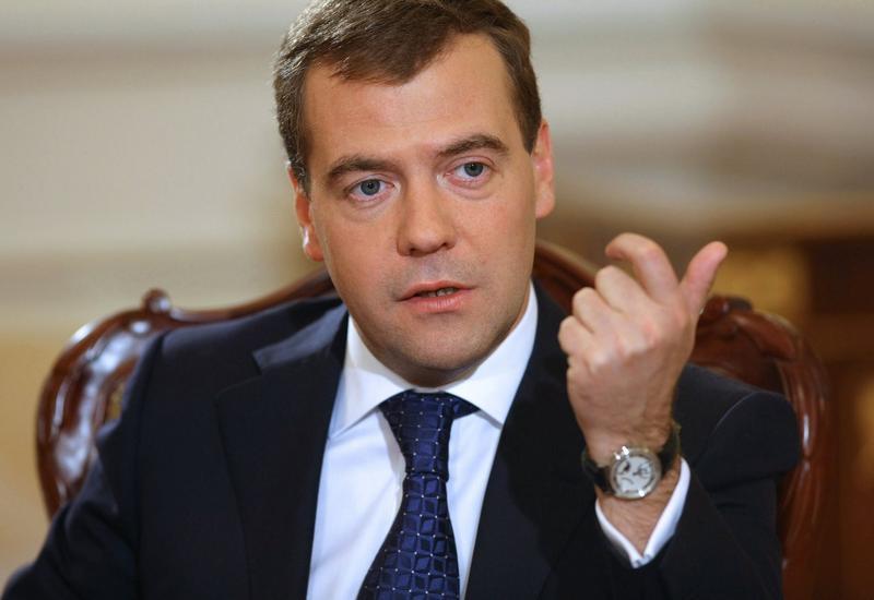Медведев хочет заморозить инвестпроекты с Турцией