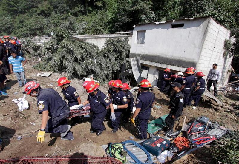 Число жертв оползня в Гватемале превысило 130 человек