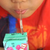 """Вот почему не стоит покупать сок в пакетиках <span class=""""color_red"""">- ФОТО</span>"""