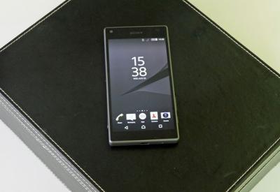 """Выявлены серьезные проблемы в новых смартфонах Sony <span class=""""color_red"""">- ВИДЕО</span>"""