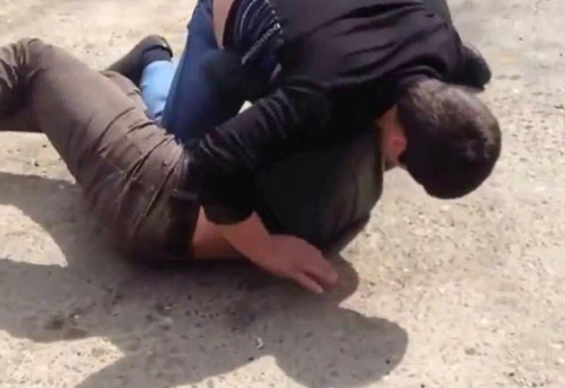 Həmkəndliləri 24 yaşlı oğlanın mədəsini dağıtdılar