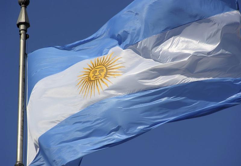 Аргентина попросила кредиторов списать ей 25% долга