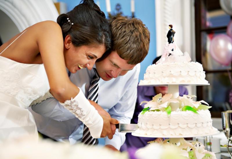Новый чеченский свадебный этикет - пить, стрелять и резать торт нельзя