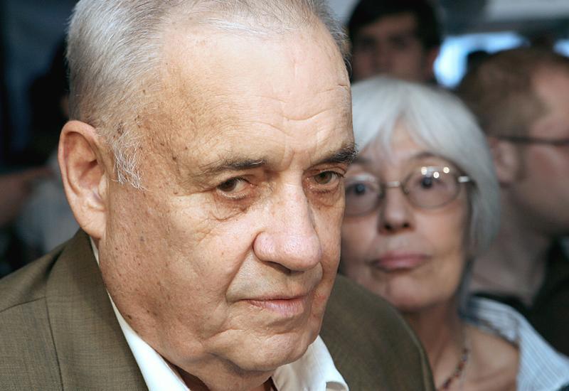 Эльдар Рязанов останется в больнице