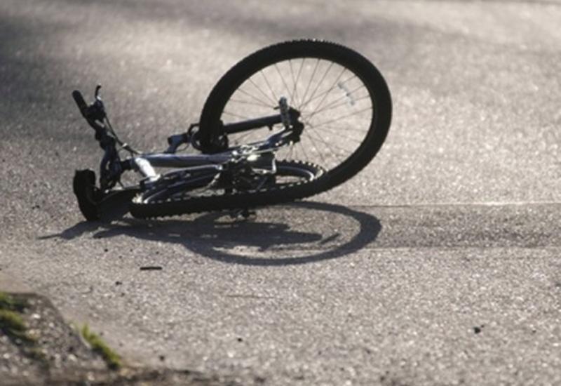 Автобус едва не убил велосипедиста
