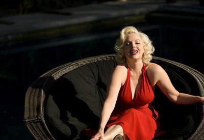 "Она прославилась благодаря невероятному сходству с Мэрилин Монро <span class=""color_red"">- ФОТО</span>"