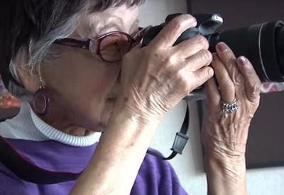 """Первая японская фотожурналистка все еще снимает в возрасте 101 года <span class=""""color_red"""">- ФОТОСЕССИЯ</span>"""