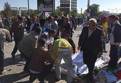 """Теракт в Анкаре, 20 погибших, 100 раненых <span class=""""color_red"""">- ОБНОВЛЕНО - ВИДЕО - ФОТО</span>"""