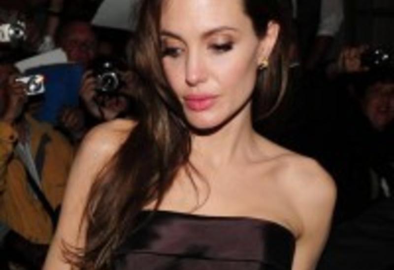 Анджелина Джоли не уверена, что проживет долгую жизнь