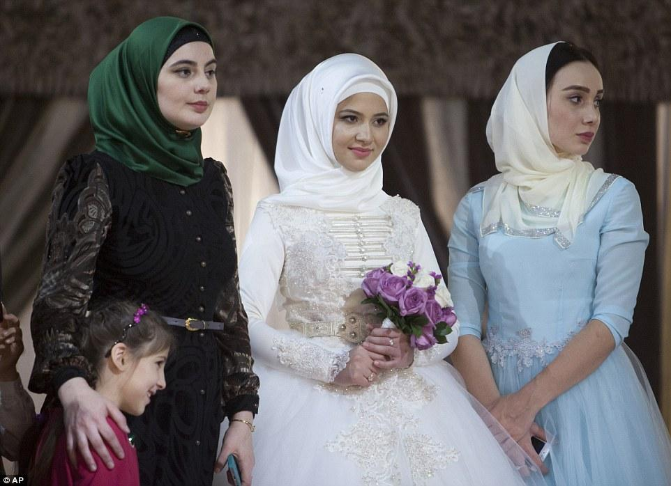 photos of single girls chechnya № 148111