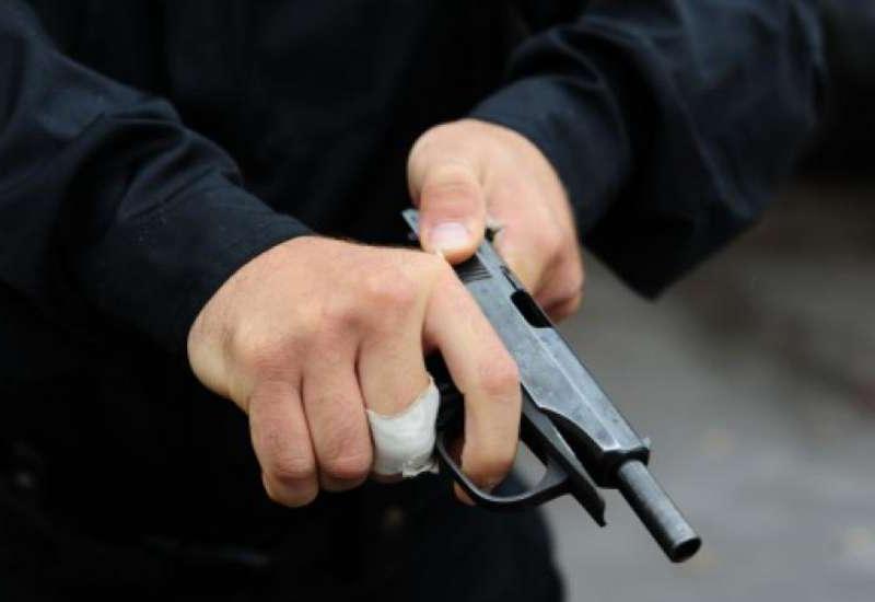 В Нардаране убиты 2 сотрудника полиции, один ранен