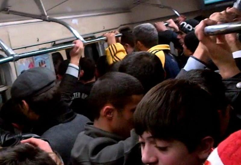 Bakı metrosunda həyəcanlı anlar
